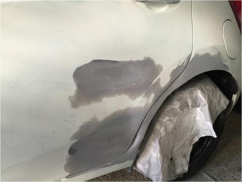 下塗り塗装を磨く