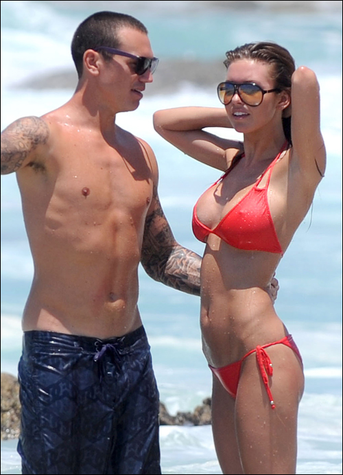 audrina-patridge-looking-sexy-in-a-red-bikini-with-her-boyfriend-corey-as-they-spend-some-romantic-time-in-mexico.jpg