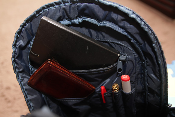 shadowbackpack05.jpg