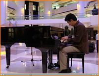 pianohong.jpg